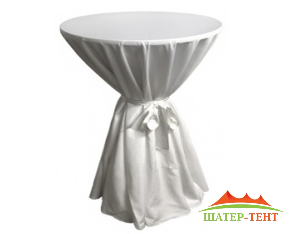 The tablecloth on cocktail table